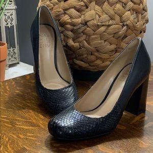 Naturalizer Rhea black leather animal print heel